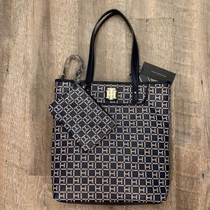 Tommy Hilfiger two in one blue tote and pouch